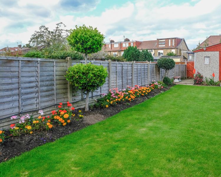 Garden Fence Services - TTS Garden Services