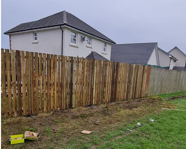 Garden Fencing by TTS Garden Services